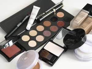 Avoid Over-Usage of Cosmetics, Hard Soaps and Make-Up